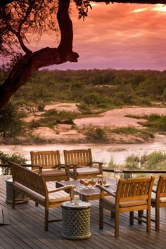 Exeter Leadwood Lodge, Sabi Sand Game Reserve, Limpopo, South Africa designed by Nick Plewman Afrique Du Sud Johannesburg, West Indies, South Africa Holidays, Sand Game, South Africa Safari, Safari Holidays, Africa Destinations, Game Lodge, Garden Route