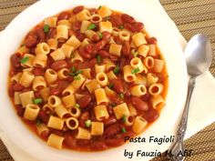 A traditional Italian soup, Pasta e Fagioli (shortened to pasta fagioli or sometimes even pasta fazool) stands for 'pasta and beans'. Easy to prepare, hearty and utterly delicious, this is one of my personal favourite soups to have. In fact, I often have this soup as my main meal