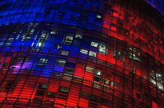 red and blue [Torre Agbar, Barcelona]