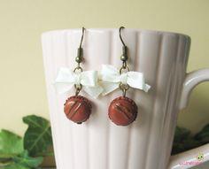 boucles d'oreilles macarons marron cuivré nœuds pâte polymère fimo BOG34 l'air du temps : Boucles d'oreille par lutinette40