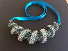jajica / Tyrkysovo-zlatý náhrdelník Handmade, Hand Made, Handarbeit