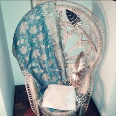 peacock chair furniture home decor vintage style