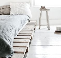 love photography winter beautiful white vintage room bedroom design Home boho old architecture bohemian Interior Design house cosy cozy cottage interiors decor decoration minimalism industrial deco minimalistic scandinavian pallets all white pallet bed Wooden Pallet Beds, Pallet Bed Frames, Diy Pallet Bed, Wood Pallet Furniture, Furniture Ideas, Wood Pallets, Recycled Pallets, Wooden Crates Bed, Wooden Bed Base