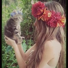 Fall is only a few days away! Who is excited for it?! I know I am . . This Lush Harvest crown is  Available in my etsy shop  kitty crowns available too   WWW.DIESELBOUTIQUE . ETSY. COM  #fallstyle #boho #kitten #bohemian #flowercrown #fallwedding #catsofinstagram #festival #petsofinstagram #harvest #hippie #wedding #freespirit #gypsy #bohowedding #hipster #autumn #coachella #highsociety #kittensofinstagram #nature #ilovecats #bohobride #hippy #fall #flowercrowns #goodvibes #goodvibesonly…