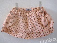 Petite jupe short à volants et petits pois - tissu vintage