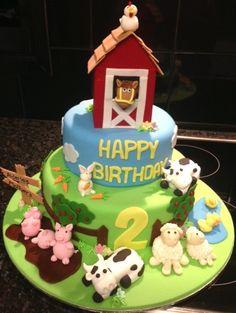 McDonalds Farm Party Cake