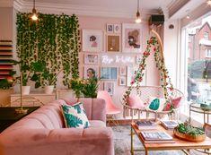Rose & Wild x Linda Gobeta Wall Art Room Ideas Bedroom, Bedroom Decor, Dream Home Design, House Design, Interior Exterior, Interior Design, Pastel Room, Aesthetic Room Decor, Dream Decor
