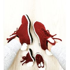 38€, babysize 25€ Yeezy, Knit Crochet, Adidas Sneakers, Knitting, Crafts, Fashion, Moda, Manualidades, Tricot