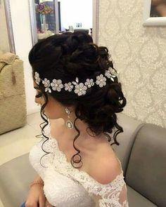 2019 Weddig Hair ideas for hot hair 750 Quince Hairstyles, Bride Hairstyles, Pretty Hairstyles, Updo Hairstyle, Curly Wedding Hair, Bridal Hair, Wedding Updo, Quinceanera Hairstyles, Hair Dos