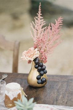 This Romantic Provencal Wedding Inspiration from French Wedding Style and Cat Hepple features figs, berries and olive branch details. Berry Wedding, Dusty Rose Wedding, Floral Wedding, Plum Wedding, Boho Wedding, Wedding Reception Decorations, Wedding Centerpieces, Centerpiece Ideas, Wedding Favors