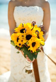 Bouquet of sunflowers without hose weird metal things in it