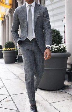 Du suchst noch die perfekte Uhr zu solch einem Outfit? Jetzt auf www.gentlemenstime.com