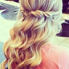 Grad hair ... Maybe :')