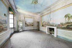Photographer Mirna Pavlovic Captures the Decaying Interiors of Grand European Villas,Italy; the history of this property can be traced back to the 15th century but it took its current form (and the frescos date from) the 18th century. Image © Mirna Pavlovic