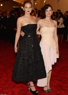 Jennifer Lawrence and Marion Cotillard in Dior - costume met ball 2013