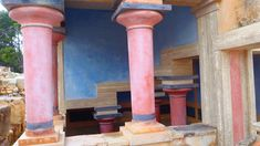 Knossos (Crete) is the largest Minoan palace. The palace was built around 2000 BC. People suspect that the palace was destroyed by the outburst of the volcan. Minoan, Crete Greece, Santorini, Palace, Restoration, Make It Yourself, Palaces, Santorini Caldera, Castles