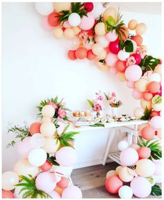 101 fiestas: Elegantes arreglos con globos y flores