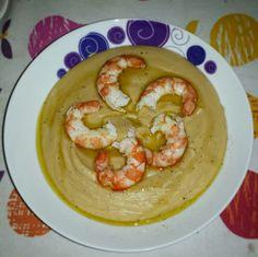 Vellutata di ceci e gamberi Shrimp, Pancakes, Meat, Breakfast, Food, Meal, Pancake, Eten, Meals