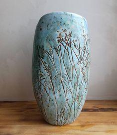 Ceramic Spoons, Glass Ceramic, Ceramic Art, Clay Vase, Metal Vase, Pottery Pots, Ceramic Pottery, Pottery Videos, Bubble Art