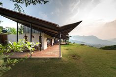Gallery of The House with the Gabion / Spasm Design - 1