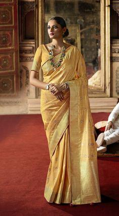 #silksaree #indiansaree #sareeblouse #weddingsaree #bollywoodsaree #partywearsaree #sarees #handloomsaree #kanchipuramsaree #banarasisilksaree #cottonsaree #banarasisaree #sareesforwomen #organzasaree #puresilksaree #pinksaree #festivalsaree #womenclothing #giftforwomen #floralsaree #indianweddingsaree #saree #sari #giftsforwomen #richpallusaree #dhakaijamdanisaree #indiansaree #gadwalsilksaree #redsaree #weddingsaree #durgapujasaree #indianwomensaree Sari, Saree Look, Bollywood Saree, Pink Saree, Dhakai Jamdani Saree, Kanchipuram Saree, Banarasi Sarees, Silk Sarees Online, Art Silk Sarees