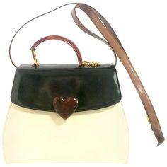 ca31841d61609 81 beste afbeeldingen van Moschino Vintage Bags - Moschino bag ...