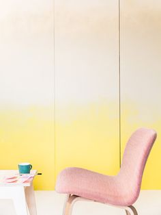 Schluss mit Langeweile – mit frischen Farben wird die Küche zum Lebensraum, in dem Familie und Freunde gerne gemeinsam kochen und zusammensitzen. MEHR >>>