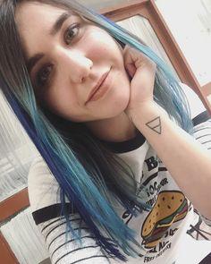 Blue hair💙 #bluehair #springstyle #hairstyle