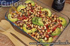 Esta Salada de Grão de bico Vegetariana é um nutritivo e saboroso #almoço, que facilmente satisfaz! #Receita aqui: http://www.gulosoesaudavel.com.br/2016/01/27/salada-grao-de-bico-vegetariana/
