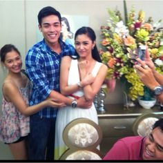 Kims' bday party at home... Kulit ni Mahfriend! Ang sweet ng KIMXI!!!