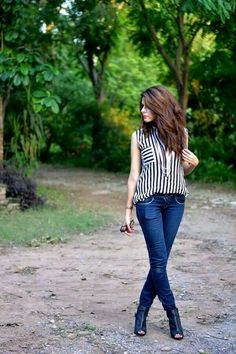 Autumn Look, Fall Looks, Face Pictures, Hidden Face, Jeans Style, Cute Girls, Girly, Teen, Skinny Jeans
