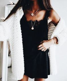 Fall Looks :      Picture    Description  chunky knit sweater     https://looks.tn/season/fall/fall-looks-chunky-knit-sweater/