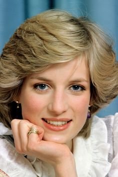 Princess Diana's Short Layers A regal cut that redefined elegance in the '80s.