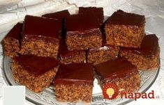 Len premiešate a upečiete. Box Cake Recipes, Apple Dessert Recipes, Sweet Desserts, Sweet Recipes, Slovak Recipes, Czech Recipes, Russian Recipes, Chocolate Box Cake, Toffee Bars