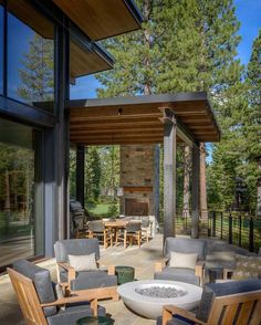 Breathtaking modern mountain retreat with rustic nuances in Lake Tahoe