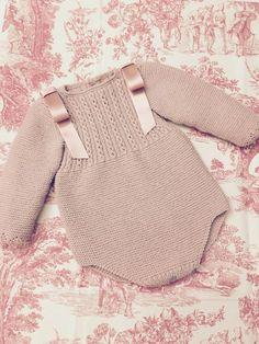 Body Rosa - Newborn Newbornbabies New Newbornbabies - Diy Crafts - Qoster Baby Knitting Patterns, Knitting For Kids, Crochet For Kids, Baby Patterns, Crochet Baby, Diy Bebe, Retro Mode, Knitted Romper, Baby Sweaters