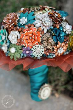 Brooch Bouquet; Teal / Brown / Orange / White. I want this just sitting on my dresser!  <3 it!