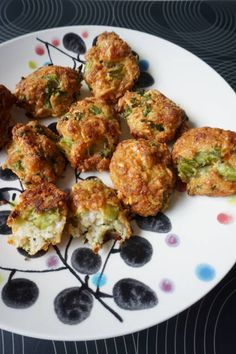 Brocoli et nuggets de poulet - Art Design Chicken Recipes For Kids, Baby Food Recipes, My Recipes, Healthy Recipes, Toddler Meals, Kids Meals, Fingerfood Baby, Baby Snacks, Baby Cooking