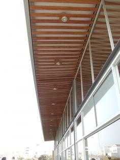 Multipurpose Room for Pius XII Private School  / Laboratorio Urbano de Lima + Carmen Rivas Lombardi
