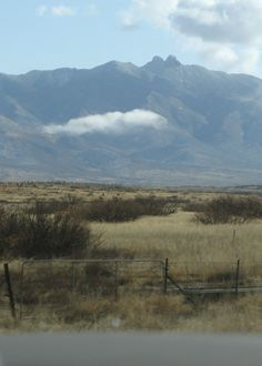 Dos Cabezas Mountains Wilderness lies 20 miles (32 km) east of Willcox, Arizona and 7 miles (11 km) south of Bowie, Arizona in Cochise County. The mountain range's name means Two Heads in Spanish, for the twin granite peaks, Dos Cabezas Peaks,[1] that sit atop the range.