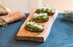 hands down my new favorite spread   Avocado and Thyme Pesto Tartines   a pinch of thyme    http://apinchofthyme.com