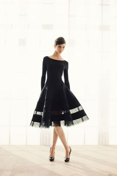 Nice Black evening dress, Makes me think Audrey Hepburn. Perfect for the stage