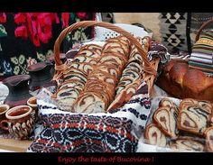 Cozonac romanesc Romanian Food, My Heritage, Louis Vuitton Speedy Bag, Trotter, Culture, Homeland, Type 3, Breads, Globe