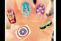 -Maybe this is just me, but I absolutely love the advengers! These nails are to die for. ✦