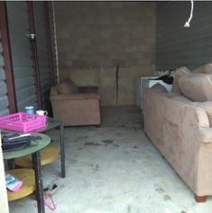10x20. Couch, Love Set, tables, Washer & Dryer, Misc Items. #StorageAuction in Memphis (034). Ends Jun 8, 2016 11:00AM US/Eastern. Lien Sale.