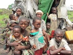 A fome é um sentimento que não será negado. Em tempos de fome ou deslocamento, as pessoas inevitavelmente fazer sacrifícios para alimentar-se e seus entes queridos. Eles vendem seus pertences; eles fazem o trabalho duro por pouco dinheiro; eles renunciar lazer, educação, e até mesmo de saúde. Eles fazem isso porque se eles podem comer, então pelo menos eles vão estar vivo. Mas hoje, em partes da República Democrática do Congo,