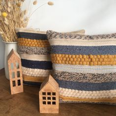 We Fil Good par Wefilgood Scandi Style, Scandinavian Style, Knitted Cushions, California Homes, Punch Needle, Plant Hanger, Hand Weaving, Creations, Throw Pillows