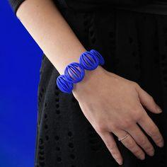 3d print  bracelet impression 3d bleu Designer Line Pierron #texture #pattern #3d #3dprinting #textureart  #design #bracelet #bijoux