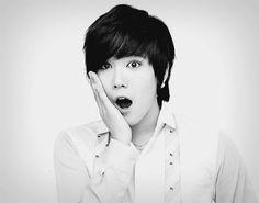 Lee Hong Ki - This guy seriously cute with his awesome acting + wonderful voice ♡ Beautiful Kdrama Ft Island, Gwangju, Asian Actors, Korean Actors, Korean Dramas, Jonghyun, Shinee, Hot Korean Guys, Asian Guys