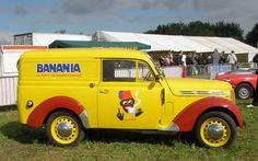 Renault Juvaquatre Banania | Flickr: partage de photos!
